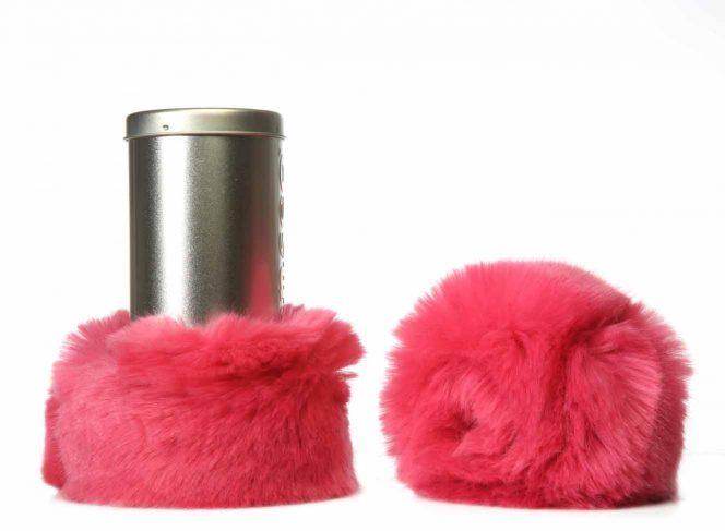 Modische Beinstulpe aus Kunstpelz in der Farbe Pink